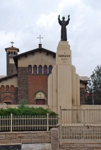Asmara náboženská - Kostel svatého Františka, 1938 - foto: Adam Lacina