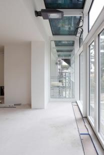 Prahu zdobí další stavba architekta Josefa Pleskota