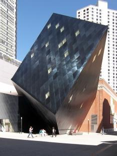 Rozhovor s Petrem Kratochvílem - Contemporary Jewish Museum - Contemporary Jewish Museum v San Franciscku od Daniela Libeskinda (2008) - foto: Petr Kratochvíl/Fulbright-Masaryk grant, 2011