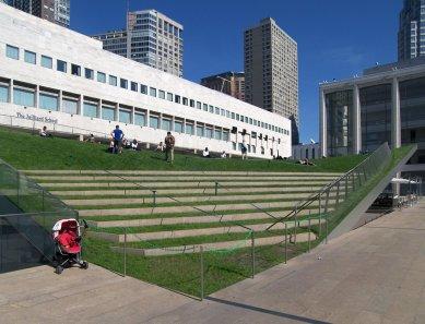 Rozhovor s Petrem Kratochvílem - Hypar Pavilion od DS+R - Hypar Pavilion v Lincolnově centru v New Yorku od Diller Scofidio + Renfro (2010) - foto: Petr Kratochvíl/Fulbright-Masaryk grant, 2011