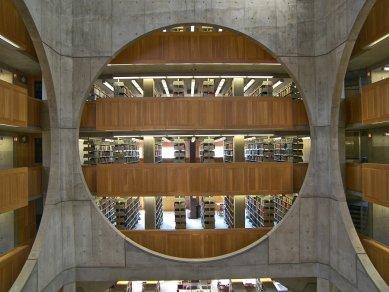 Rozhovor s Petrem Kratochvílem - Exeter Library od L.Kahna - Exeter Library od Louise Kahna (1972) - foto: Petr Kratochvíl/Fulbright-Masaryk grant, 2011