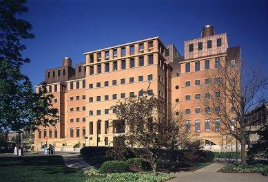 Držitelem Driehausovy ceny 2012 je Michael Graves - Engineering Research Center, University of Cincinnati, Cincinnati, Ohio