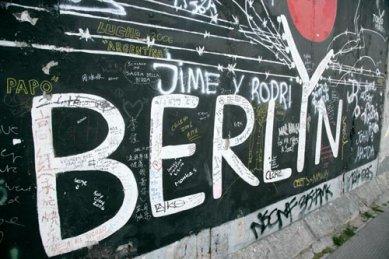 Střešní okna, prosklení a výstupy na BAUTEC v Berlíně - Berlín v Berlíně