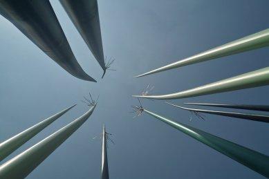 GROSS.MAX. - portrét současné evropské krajinářské architektury - Windrush Square, Brixton - Londýn - foto: www.landezine.com