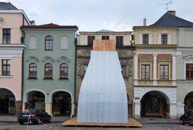 Pozvánka na vernisáž Neviditelné věže - foto: Petr Šmídek, 2012