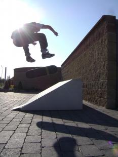 PRESBETON a Skate elements
