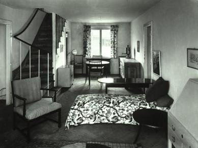 Ve Vídni začala výstava o sídlišti Werkbundsiedlung - Obývací pokoj v domě od Josefa Franka, 1932 - foto: Martin Gerlach jun.