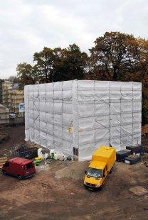 Experimentální projekt pilino-betonového domu green.house - stavební proces – hrubá stavba v říjnu 2011 - foto: Tobias Adam, Bauhaus-Univerzita Výmar