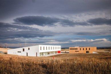 Pozvánka na výstavu knesl + kynčl architekti 2001-2012 v GJF - Ekologické centum Javorník - foto: Radek Brunecký