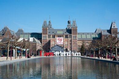 """Nizozemsko po deseti letech otevírá """"chrám umění"""" - Rijksmuseum"""