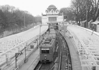 """Vídeň: Wagnerovo secesnímu """"metru"""" je již 115 let - Historický záběr, nynější trasa metra U4 údolím říčky Vídeňky, původní Wientallinie - foto: © Wiener Linien"""