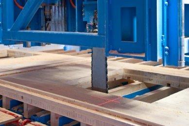 NOVATOP - lék na vady dřevostaveb - Opracování probíhá na CNC strojích s milimetrovou přesností
