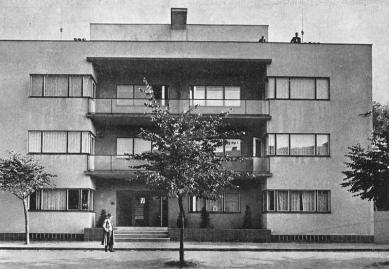 Odešel poslední Gočárův žák - Obytný dům v Nymburce (1939) - foto: archiv autora