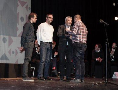 OLOVĚNÝ DUŠAN 2014 - Vítězný ateliér (kategorie Architektura ateliéry): zleva Tomáš Zmek, Jakub Koňata, Tomáš Novotný - foto: Petr Šuma