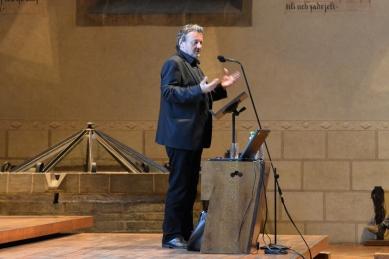 K přednášce Giona Caminady v Betlémské kapli - foto: Petr Šmídek, 2014