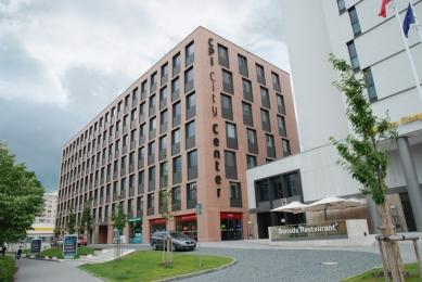 CPI City Center Olomouc - fasádní desky Cembrit Cembonit - skryté kotvení - foto: Cembrit a.s.