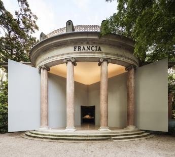 La Biennale di Venezia 2014 - ohlédnutí za jednotlivými pavilony - FR - foto: Luc Boegly