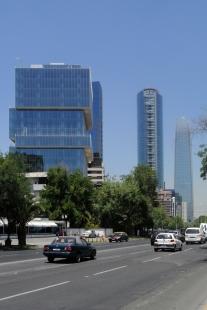 Výlet Santiago de Chile - Věž Alto El Golf, Handel architects, UNO arquitectos, 2014 - foto: Ondřej Bartůšek