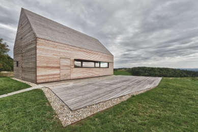 Salon dřevostaveb 2015 - pozvánka na přednášku tří zahraničních hostů - Letní dům v jižním Burgenlandsku - foto: 24grammArchitektur