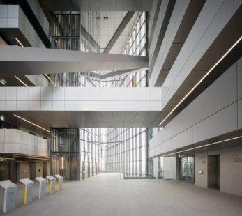 Ve Frankfurtu před otevřením nového sídla ECB nastaly výtržnosti - foto: © European Central Bank/Robert Metsch