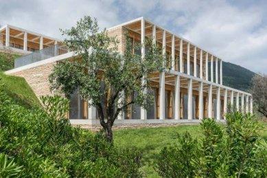 Vila u Gardského jezera od Davida Chipperfielda - foto: © David Chipperfield Architects