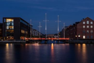 Kruhový most v Kodani od Olafura Eliassona - foto: Anders Sune Berg, www.anderssuneberg.com