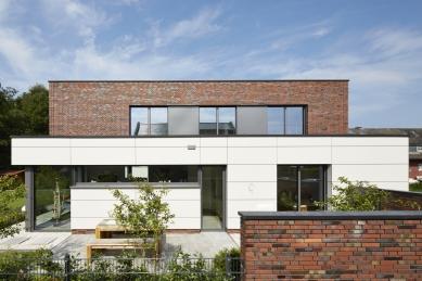 Rodinný dům v německém Rheine je domovem a kanceláří zároveň - foto: Schüco International KG