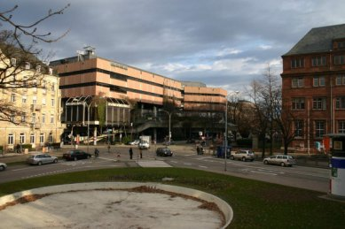 Nová univerzitní knihovna ve Freiburgu od Heinricha Degelo - Původní stav - foto: Degelo Architekten