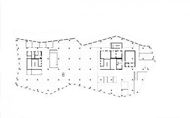 Nová univerzitní knihovna ve Freiburgu od Heinricha Degelo - Půdorys 4.np - foto: Degelo Architekten