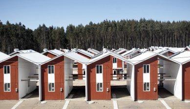 Pritzkerovu cenu získal Chilan Alejandro Aravena - Villa Verde Housing, 2013, Constitución, Chile  - foto: ELEMENTAL