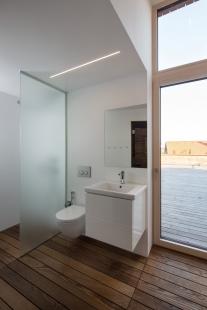 Salon: Dům pod strání / Molo architekti