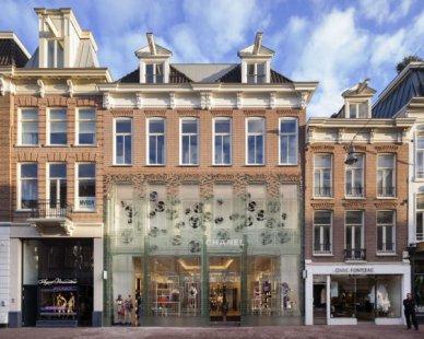 Křišťálový dům pro Chanel v Amsterodamu od MVRDV - foto: Daria Scagliola / Stijn Brakkee