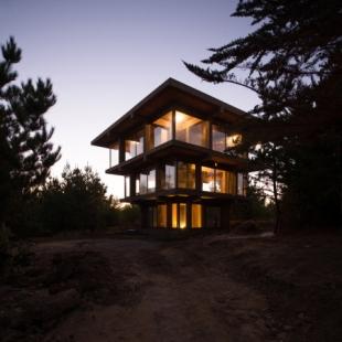 Rodinný dům Nida v Chile od Pezo von Ellrichshausen - foto: Pezo von Ellrichshausen