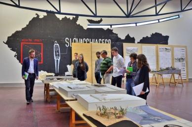 Ještěd f kleci 18 - hodnocení poroty - Porota JFK#18 v ateliéru Karla Hubáčka - foto: Berenika Suchánková