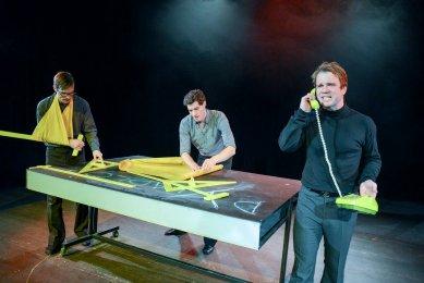 SIALská trojčata - divadelní představení