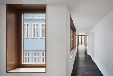 Starý odchodní dům ve Frankfurtu od Meinrada Morgera - foto: Steffen Kunkel