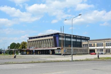 Před 20 lety zemřel architekt Josef Danda - Nádraží Ostrava-Vítkovice, Josef Danda 1966 - foto: Petr Šmídek, 2018