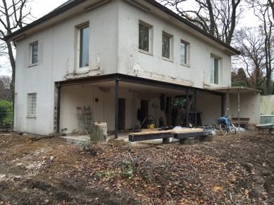 Renovace rodinného domu v německém městě Bergisch Gladbach - Objekt před renovací - foto: Erika Werresová