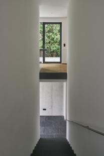 Soukromý dům v německém Gersthofenu ve stylu Miese van der Rohe - foto: Christian Eblenkamp