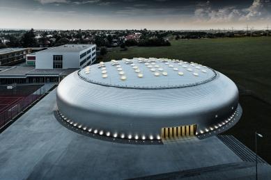UFO v Dolních Břežanech - foto: Croce & WIR