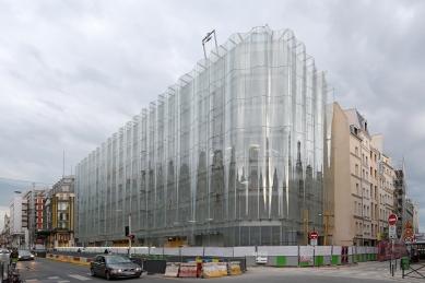Arnault dá miliardu dolarů do opravy obchodního domu v Paříži - foto: Petr Šmídek, 2019