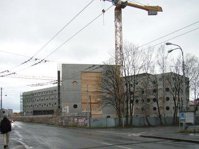 Nová knihovna v Hradci Králové by měla fungovat v roce 2008 - foto: © Vladimír Tichý, 2007