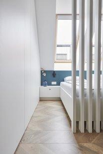 Loftový byt prosvětlila výhradně střešní okna - foto: Iva Štarman