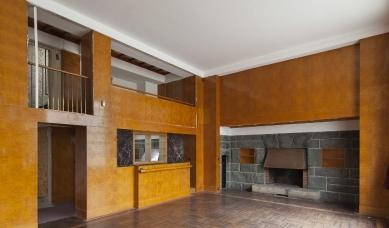 Tajemství plzeňských interiérů Adolfa Loose: Dále do světa