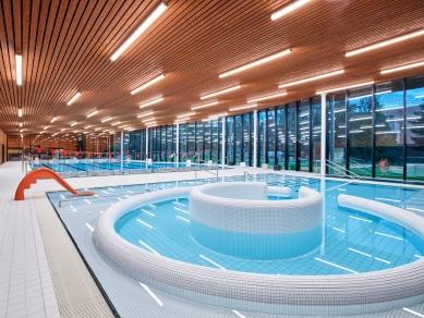 Nově otevřená Městská plavecká hala vLounech - foto: Vladimír Kiva Novotný