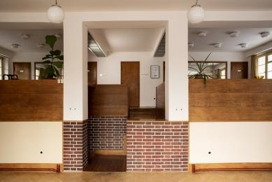 Když vypínač korunuje jedinečný interiér - foto: David Raub