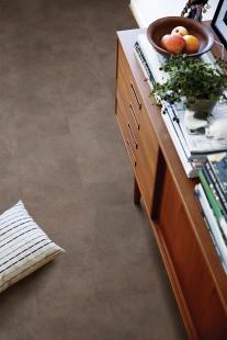 Vinylové lamely na podlahu i stěnu - foto: archiv firmy
