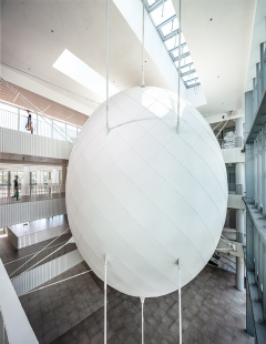 Skořápka šitá vejci na míru - foto: Croce & WIR