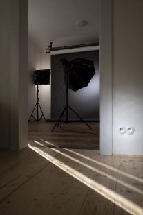 Když se interiér točí kolem otočného vypínače:  rekonstrukce fotoateliéru Luminum - Potom