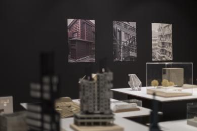 1920–2020 Praha–Tokio /vlivy, paralely, tušení společného
